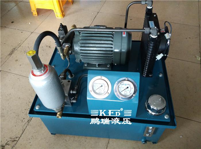 主轴配重 液压站产品展示图 电机带动油泵旋转,泵从油箱中吸油供油图片