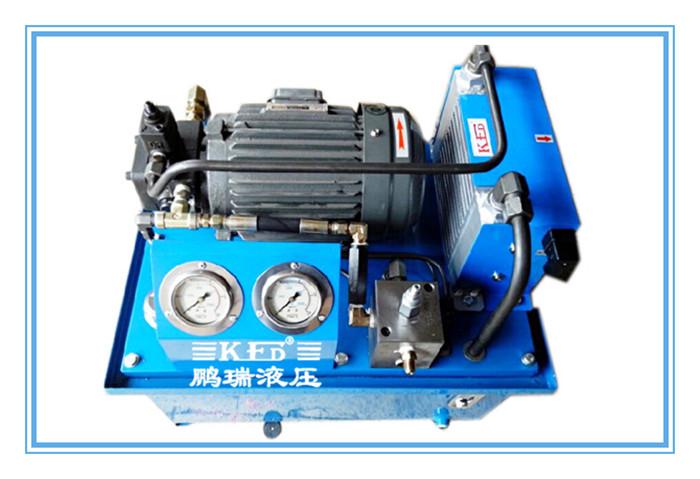 插装阀 液压站的工作原理 电机带动油泵旋转,泵从油箱中吸油供油,将图片