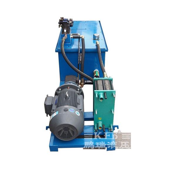 【鹏瑞快讯】广东佛山通润机械厂订的全自动热剪机液压系统于今天完美出场
